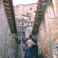 Se queste mura potessero parlare - installazione sonora, 2005