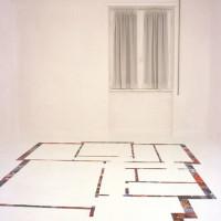 La stanza di Roberto - 2005, collage di foto su pavimento, dim. ambiente 2